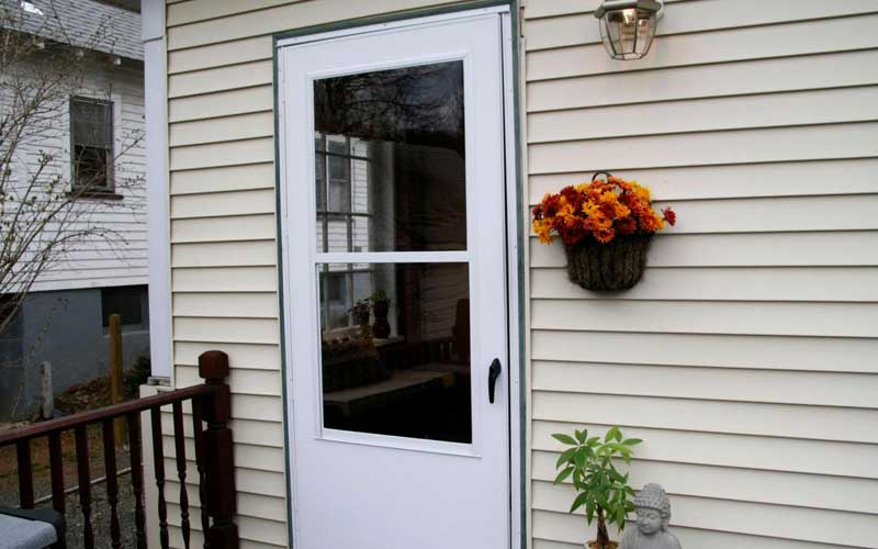 Screen Door Installation and Replacement - Price Comparison Advisor