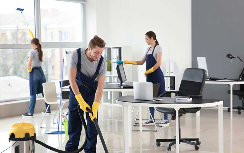 How Much Do Commercial Bar Cleaning Services Cost?